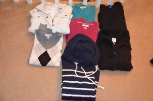 Womens sweaters - small/medium excellent condition