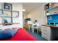 STUDENT ROOM TO RENT IN SOUTHAMPTON. STUDIO WITH PRIVATE ROOM, BATHROOM AND STUDY SPACE