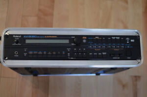 Roland XV-3080 Synth Module & SRX-03 Studio & Traveling case