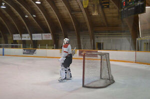 Goalie looking for ice time Cambridge Kitchener Area image 1