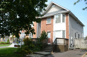 Beautiful 3 + 1 Bedrooms house in North Oshawa, For Sale $489K!