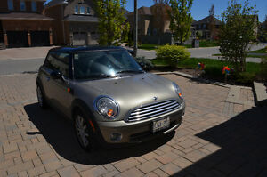 2010 MINI Classic Mini Coupe (2 door)