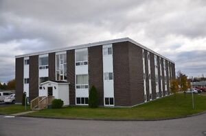Top floor unit in great central location! Available June 1st