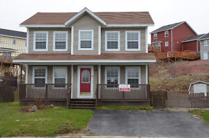 OPEN HOUSE TODAY!!!! 12 Ladywell Pl, 2-4pm