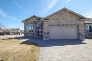 Expanded Bungalow, seller is motivated, quick closing available!