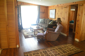 Cute as a button Inverhuron cottage for weekly summer rental. Cambridge Kitchener Area image 5