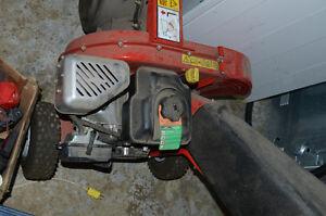 Yard Works 1100 Gas Chipper Shredder Prince George British Columbia image 4