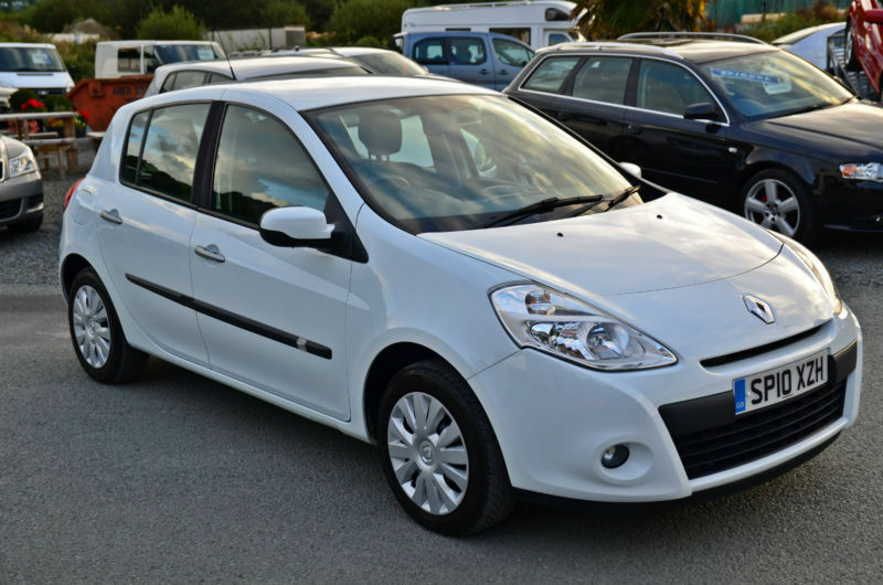 2010 10 renault clio 1 5 dci expression dci white in aberystwyth ceredigion gumtree. Black Bedroom Furniture Sets. Home Design Ideas