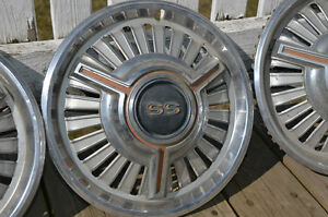 Original hub caps for 64-66 chevelle or camaro SS, 65-66 Chevy I Prince George British Columbia image 4