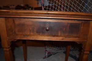 Antique Sewing Machine for Sale Cambridge Kitchener Area image 3