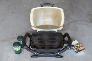 Weber Q100 Portable BBQ with Accessories