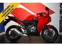 HONDA CBR 125 R ***LEARNER LEGAL SPORTS BIKE***