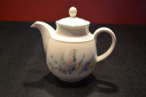 Tea Pot Edmonton Edmonton Area image 1