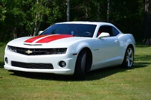 TRADE FOR C6 CORVETTE .. 2010 Chevrolet Camaro ss Coupe (2 door)