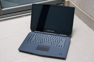 Dell Alienware 17 r2 gaming laptop