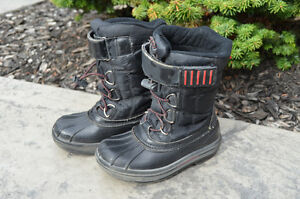 Winter boots (kids size 12)
