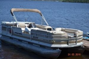 22' Pontoon Party Barge and Trailer for Sale