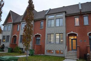 Gorgeous 2012 Cottage Superb immaculate condition Pierrefonds