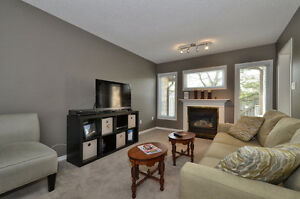 ALL INCLUSIVE- LUXURY Student Home near UWO (3 rooms available) London Ontario image 2