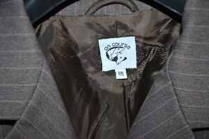 Brown hunt seat show coat and school breeches Peterborough Peterborough Area image 2