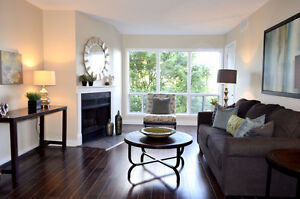 SOLD! Shows Lke New #318-15 Hofstetter Avenue