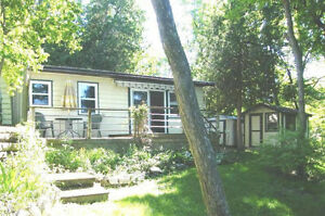 REDUCED!- Four Season St Lawrence Waterfront Cottage