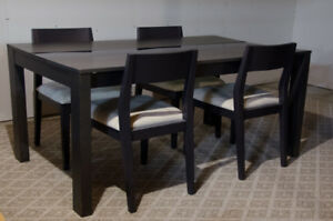 EQ3 Modern/Contemporary Dining Table Glass With Four (4) Chairs