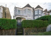 STUNNING 4 BED GARDEN HOUSE TO RENT IN DOLLIS HILL - UNIQUE PROPERTY - CALL NOW TO VIEW IT