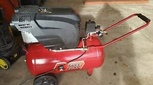 Full Boar V- Twin 3.2 hp Air Compressor 50 litre in as New Cond Tea Tree Gully Tea Tree Gully Area Preview