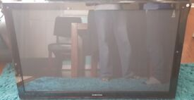 SAMSUNG PLASMA 42INCH TV FOR REPAIR OR SPARES
