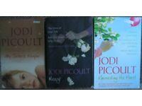 Jodi Picoult paperback books £1 each or £2.50 all 3