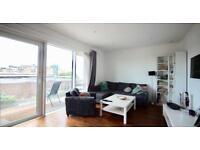 2 bedroom flat in Quarter House, Battersea Reach, Wandsworth