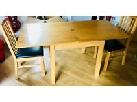OAK DINING TABLE 80cm (expands to 1.6m) - SOLID WOOD - WITH 2 OAK CHAIRS