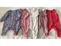 5 baby sleepsuits, first size/new born