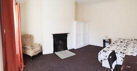 HUGH Double Rooms, Newsham Park L6, Close to city centre £80 all inclusive