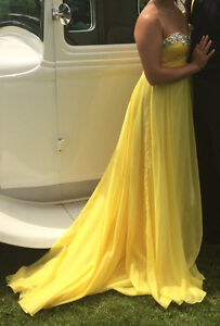 Prom/Formal Dress - Yellow Colour, size 6 London Ontario image 3