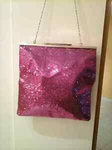 Beautiful bag in style color West Island Greater Montréal image 6