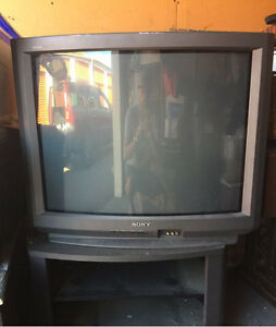 Sony Trinitron Tv with stand