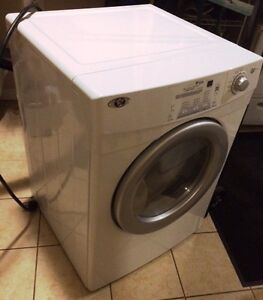 MAYTAG - FRONT LOAD ELECTRIC DRYER