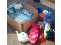 Free Box full of kitchen stuff