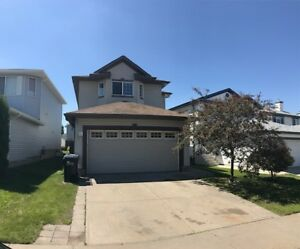 Beautiful, spacious, clean 2-story home for rent  Sherwood Park