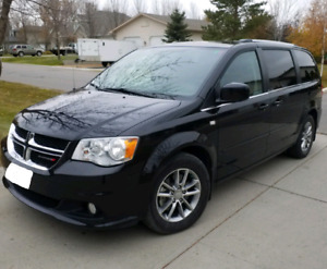 2014 Dodge Grand Caravan 30th Anniversary, LOADED, Only 55K kms!