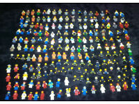 200 x Lego Figures/LegoMen (some rare) very old + accessories (BARGAIN)