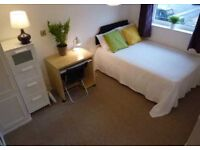 DOUBLE ROOM CLISE TO SILVER STREET STATION