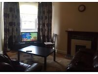 2 double Bed fully furnished flat. South side of Glasgow. 20minute walk to city Centre.