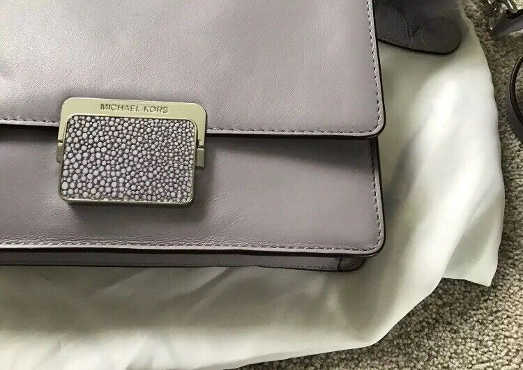 1a13051fc12c Authentic Michael Kors bag with matching 3 in one purse/card holder | in  Waterloo, London | Gumtree