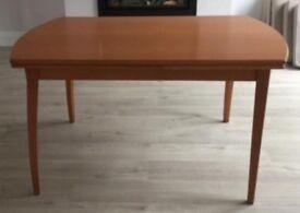 Ikea kronvik beexh extendable table