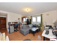 New to the market is this two bedroom PENTHOUSE Apartment set on the 21st floor of Topmast Point.