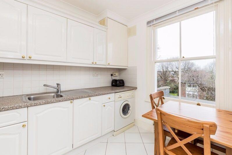 Stunning Two Bedroom Moments from Ealing Broadway Available Now & Furnished