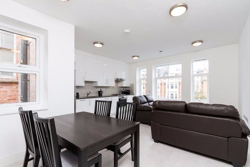 CENTRAL LOCATION STUNNING ONE BEDROOM APARTMENT TO RENT IN EALING BROADWAY AVAILABLE NOW